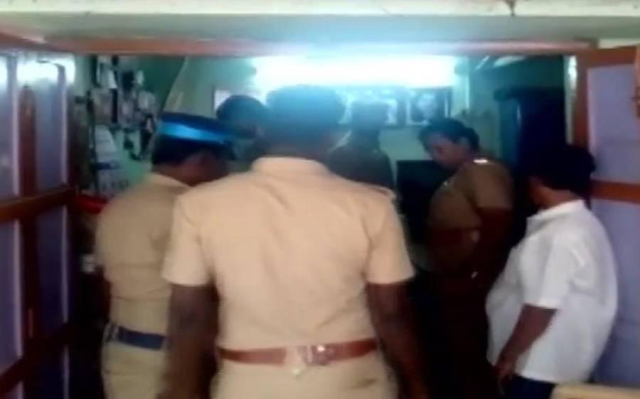 بھارتی ریاست تامل ناڈو میں ووٹ خریدنے کیلئے رکھی گئی ایک کروڑ روپے سے زائد کی رقم برآمد کرلی گئی
