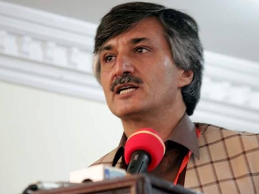 وفاقی حکومت اپنے چہیتوں کے 221 ارب روپے معاف کرنے پر قوم سے معافی مانگے:سردار حسین بابک