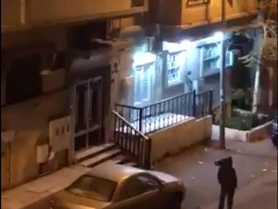سعودی عرب میں پاکستانی بیوی کو بے دردی سے پیٹنے والا شوہر گرفتار، معاملہ گھر سے باہر کیسے آیا؟