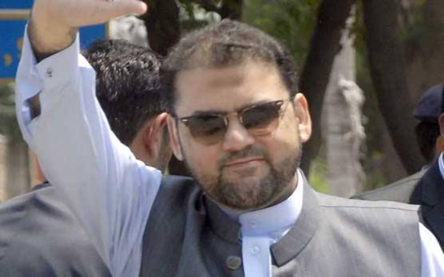 نواز شریف کو جیل میں اذیت دی جاتی رہی :حسین نواز