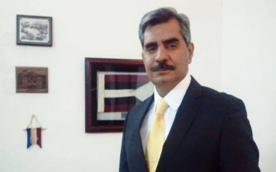 'وہ لوگ جو جنرل آصف غفور کی رخصتی کا جشن منا رہے ہیں انہیں یہ سمجھ لینا چاہیے کہ ۔۔۔' نئے ڈی جی آئی ایس پی آر نے پیغام جاری کردیا
