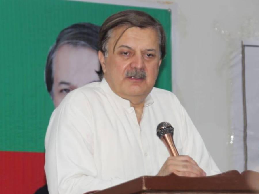ہمایوں اختر خان نے اپوزیشن کے وجود سے ہی انکار کرد یا ،حکومت کے بارےمیں ایسا دعویٰ کہ ناقدین پریشان ہو جائیں گے