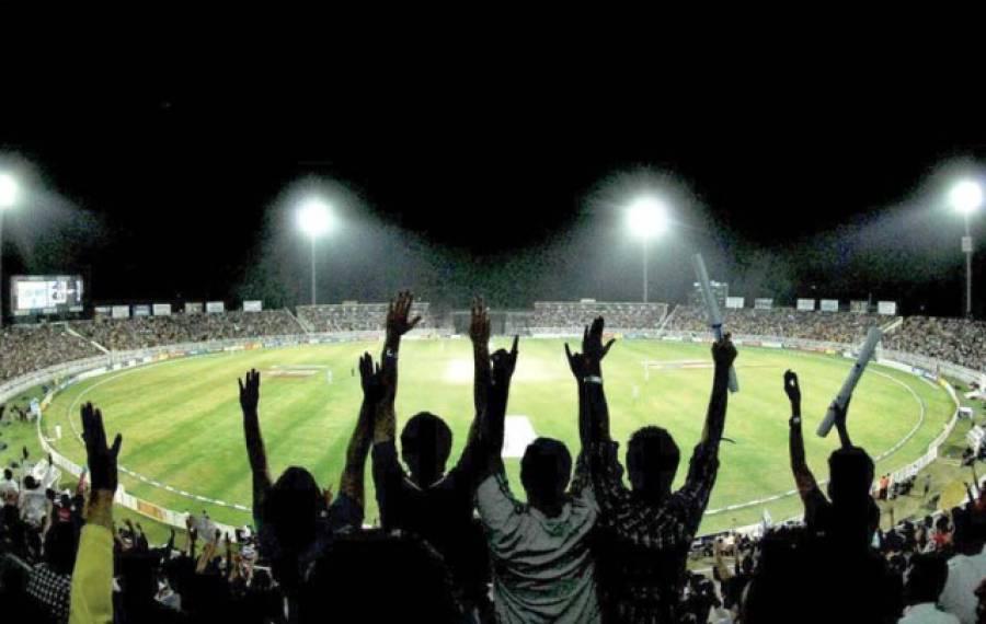 پاکستان اور انگلینڈ کے مابین ٹیسٹ سیریز کس ملک میں کھیلنے پر غور کیا جا رہا ہے؟ حیران کن خبر آ گئی