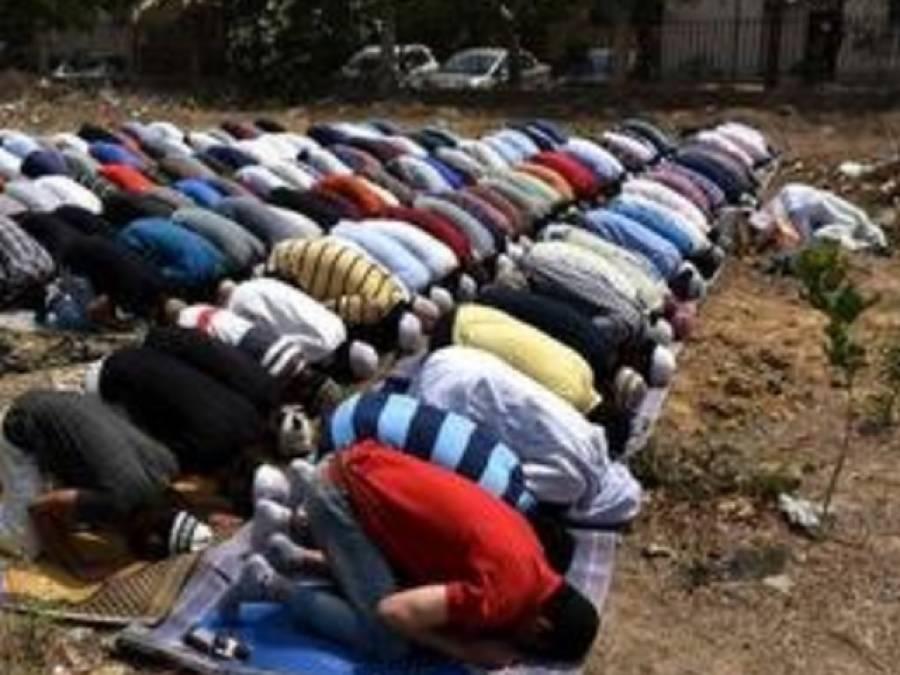 گھر کی چھت اور مسجد وں میں باجماعت نماز پڑھنے کے الزام میں 200 سے زائد نمازیوں پر مقدمات درج