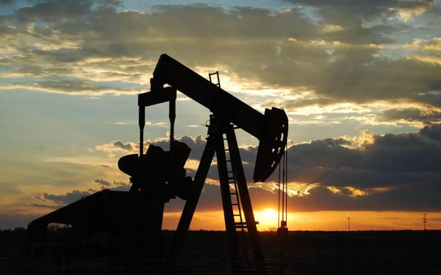 سعودی عرب کی ملکی تاریخ میں پہلی مرتبہ تیل کی یومیہ پیداوار ایک کروڑ بیس لاکھ بیرل ہوگئی