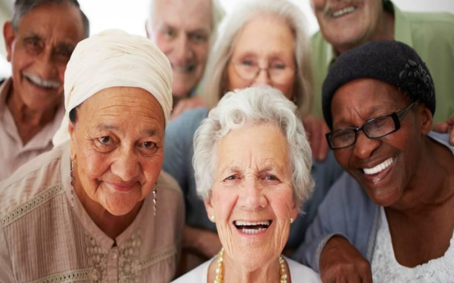 دنیا کی معمر ترین آبادی کس ملک کی ہے؟ پاکستان میں کتنے فیصد بوڑھے ہیں؟ حیران کن اعداد و شمار