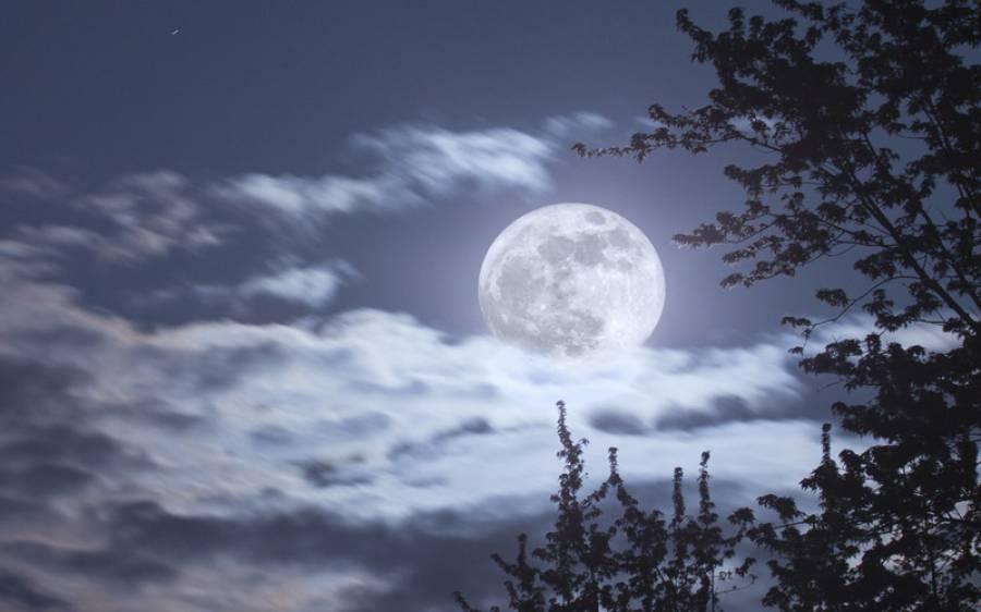 آج پنک سپر مون ہو گا ،چاند کتنا بڑا نظر آئے گا ؟جانئے