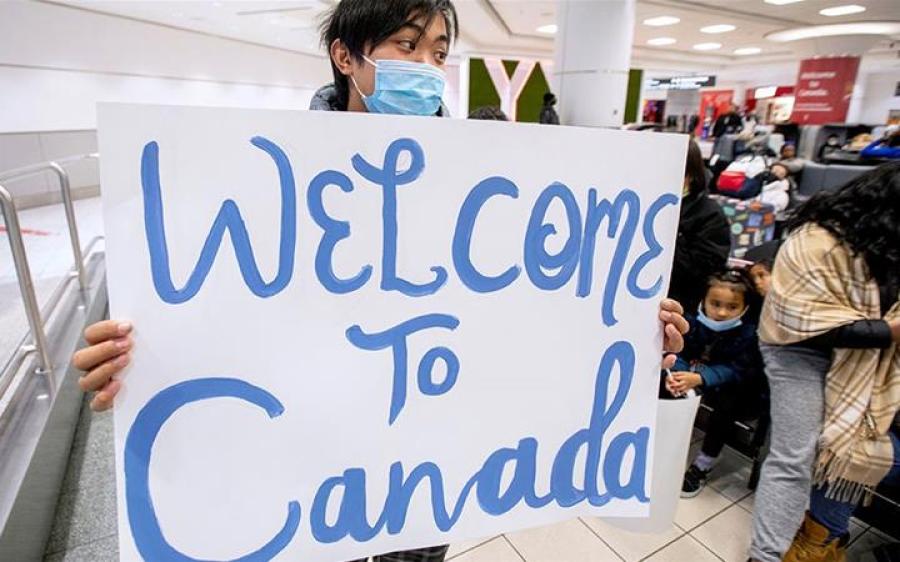 کورونا وائرس سےاحتیاط برتنے کے باوجود کینیڈا میں 44,000 اموات کا اندیشہ، حکام نے خبردار کر دیا