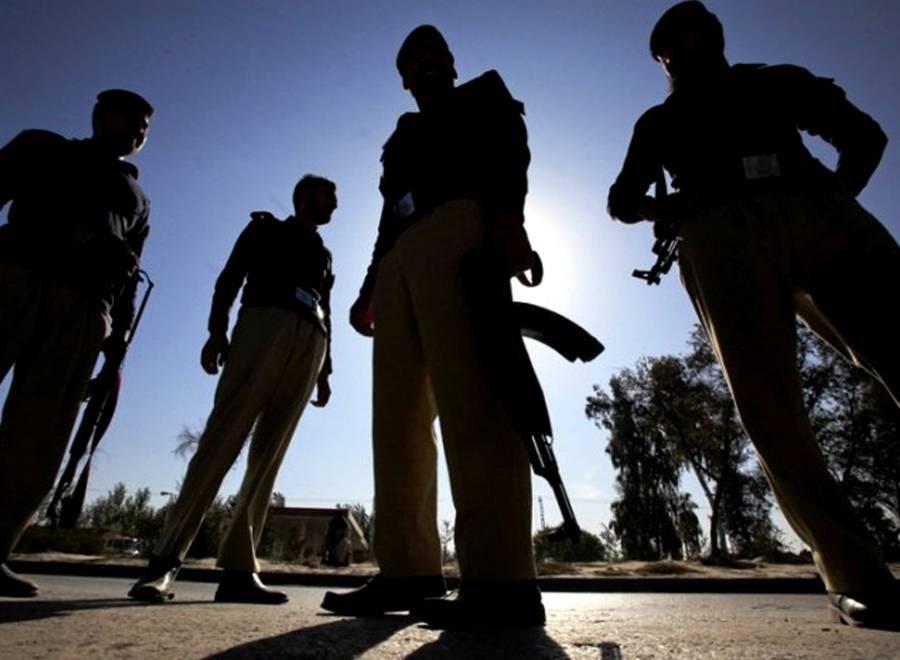 لاہور میں پولیس اہلکار بھی کورونا وائرس کا شکار ہو گیا، یہ کس علاقے میں تعینات تھا؟ افسوسناک خبر آ گئی