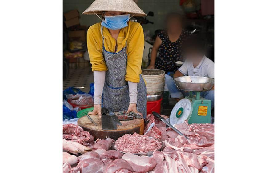 'اب تو بس کردو' پوری دنیا میں کورونا وائرس پھیلنے کے بعد ووہان میں جانوروں کی مارکیٹ پھر کھلنے لگی، عالمی ادارہ صحت بھی چین سے عاجز آگیا