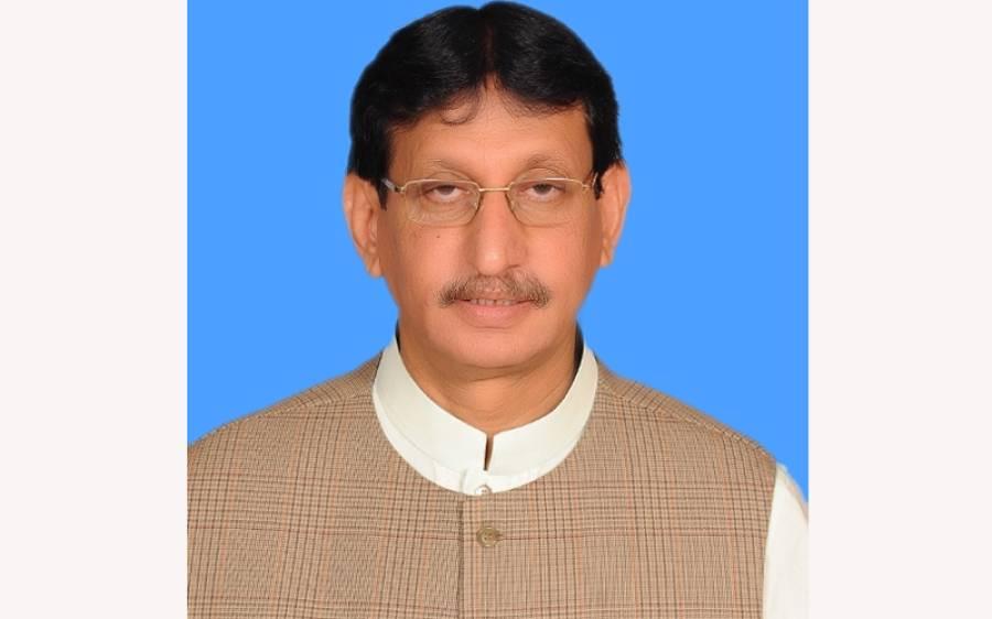 ایم کیو ایم کے ممبر قومی اسمبلی امین الحق نے بطور وفاقی وزیر حلف اٹھالیا