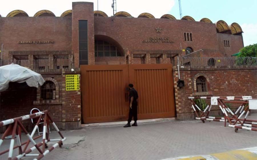پاکستان کرکٹ بورڈ کے قانونی مشیر تفضل رضوی نے شعیب اختر کے الزامات لگانے پر زور دار جھٹکا دیدیا