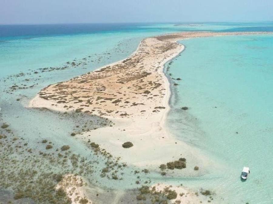 دبئی کے بعد سعودی عرب نے بھی سیاحوں کی توجہ حاصل کرنے کے لیے اپنے جزائر پر بڑے منصوبے بنانے کا اعلان کردیا