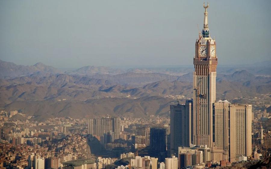 سعودی عرب میں کورونا کے کیسز پاکستان سے کہیں زیادہ لیکن ہلاکتیں بہت کم