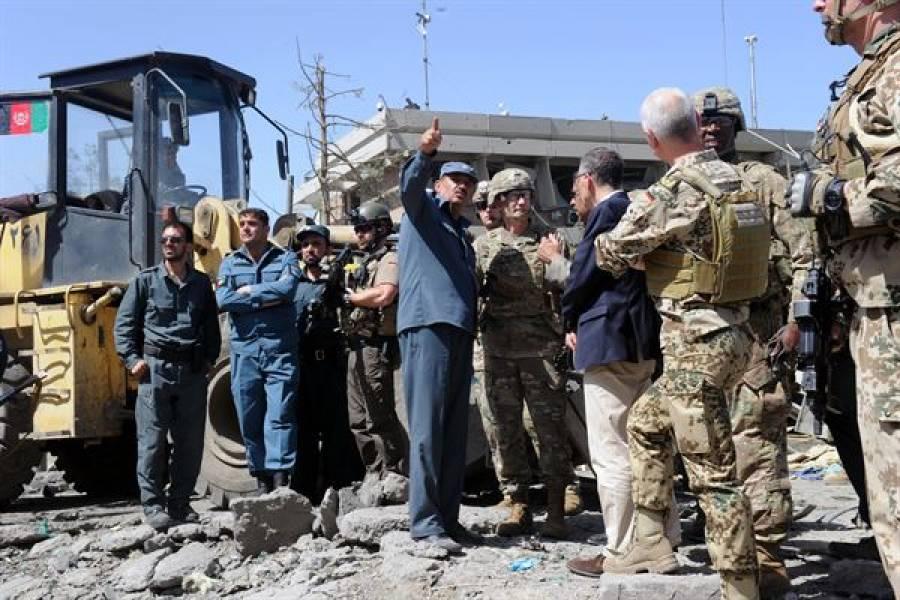 افغانستان:نماز جنازہ کے دوران دھماکہ، ہسپتال پر حملہ، بڑی تعداد میں ہلاکتیں