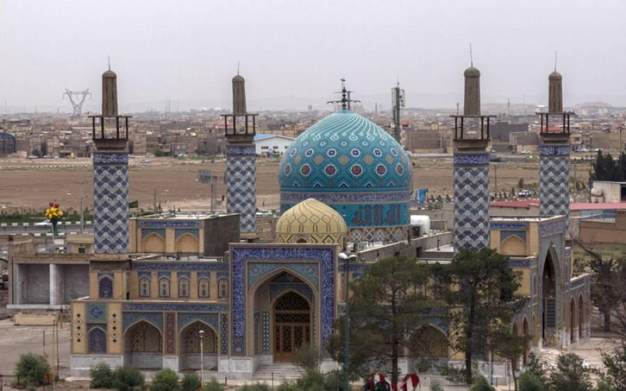 رمضان کی طاق راتیں، ایران نے برکتیں سمیٹنے کیلئے مساجد کھولنے کا اعلان کردیا