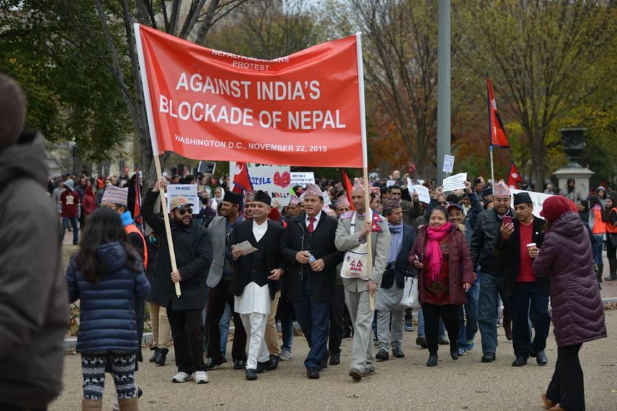 بھارت اور نیپال میں کشیدگی بڑھ گئی، سرحد پر بھی جھڑپ