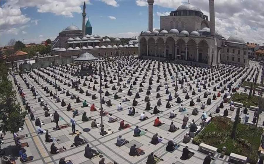 ترکی ،مساجد میں باجماعت نماز ادا کرنے پر عائد پابندی ختم کردی گئی