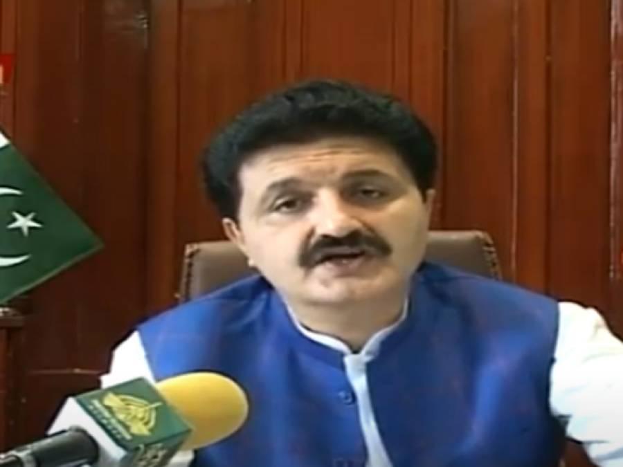 صوبے کے15اضلاع میں ٹڈی دل کےخاتمےکیلئےجنگی بنیادوں پرآپریشنز جاری ہے:اجمل خان وزیر