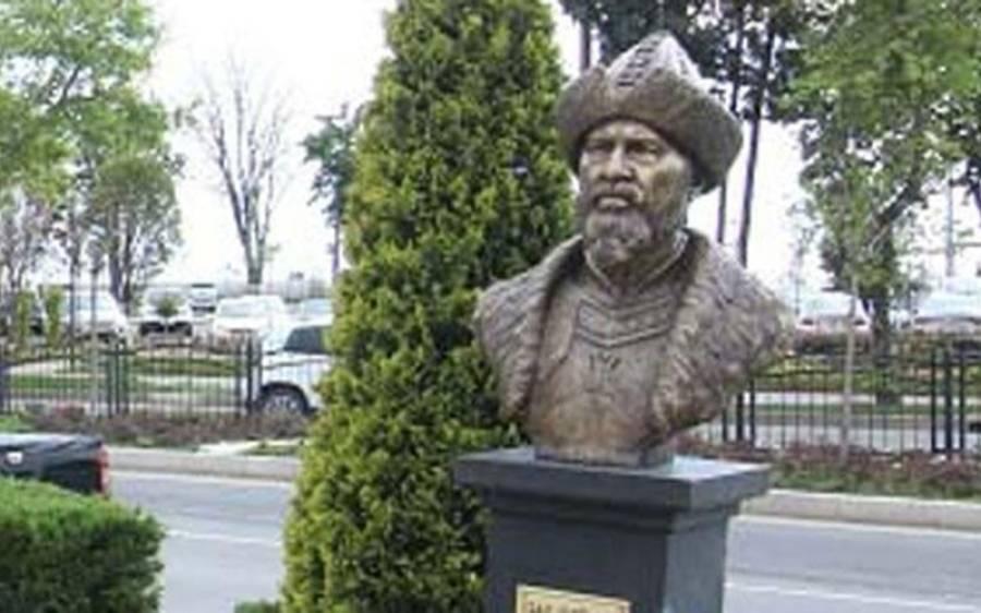 ترکی میں لگایا گیا ارطغرل غازی کا مجسمہ ہٹا دیا گیا