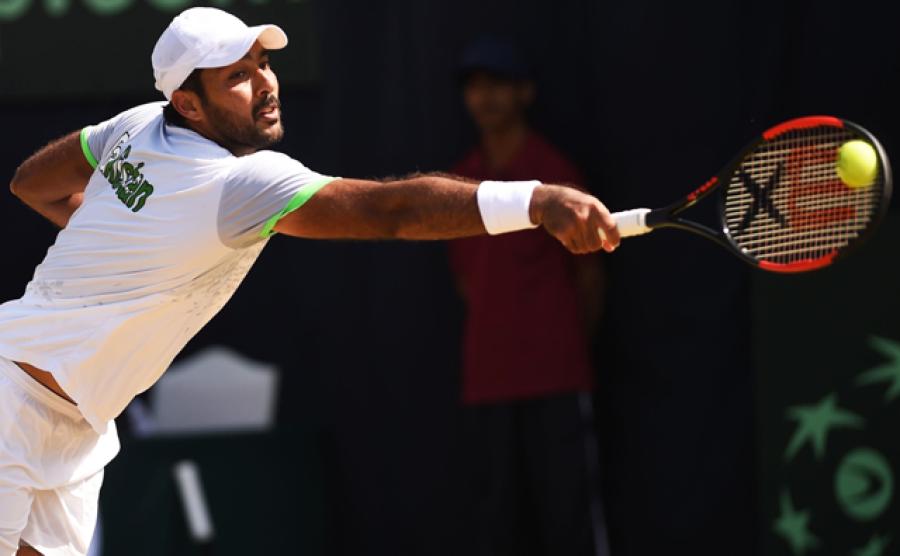 پاکستانی ٹینس سٹار اعصام الحق کی 'وال والیز چیلنج' میں انوکھی انٹری، کون سے کپڑے پہن کر راجر فیڈرر کے چیلنج کا جواب دیا؟ ویڈیو وائرل ہو گئی