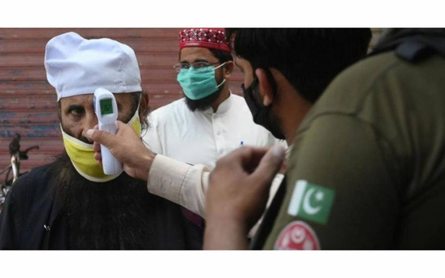'پاکستان میں کورونا وائرس کے کیسز جتنے بتائے جارہے ہیں اُن سے کہیں زیادہ ہے' اعلیٰ حکومتی عہدیدار نے ہی لنکا ڈھا دی، حکومت کو بے نقاب کردیا