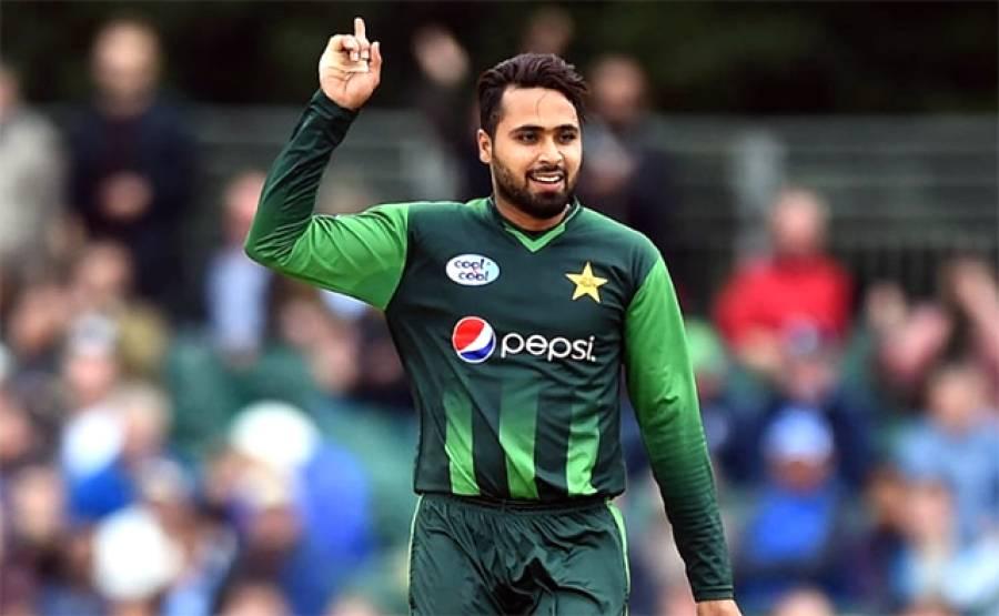 """""""اس کھلاڑی میں مجھے بہت اچھا آل راﺅنڈر نظر آ رہا ہے"""" اظہر محمود نے ایسا نام لے لیا جو طویل عرصے سے ٹیم سے بھی باہر ہے"""