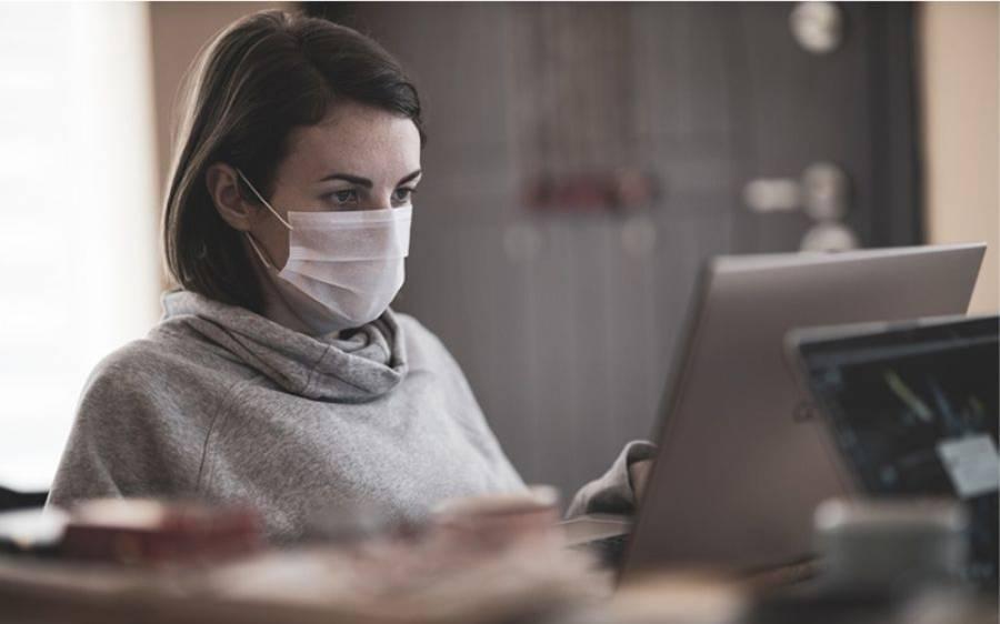 کورونا وائرس کی وجہ سے لوگ اب دن کا کتنا وقت انٹرنیٹ پر گزار دیتے ہیں؟ حیران کن انکشاف سامنے آگیا