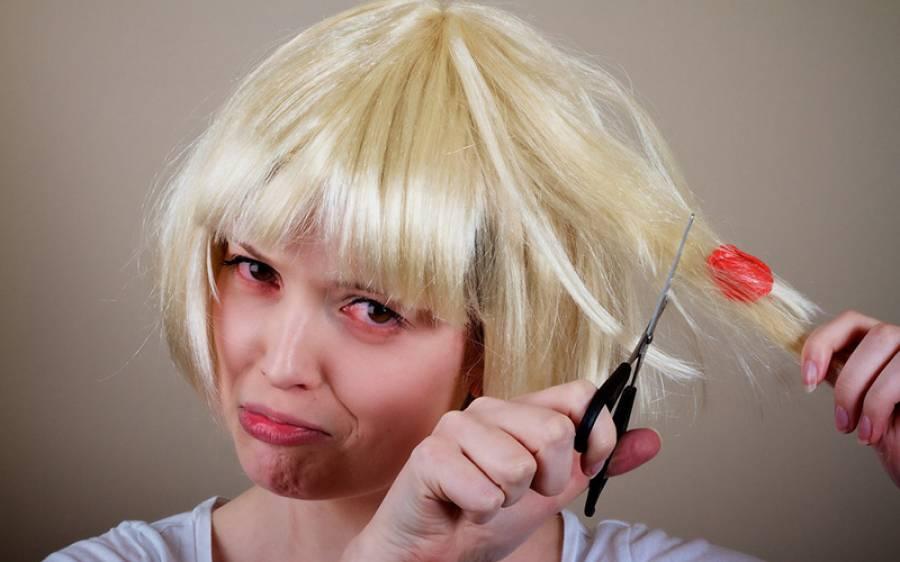 بچوں کے بالوں میں چیونگم پھنس جائے تو بال کاٹنے کی بجائے یہ آسان ترین نسخہ آزمائیں، وہ بات جو تمام والدین کو ضرور معلوم ہونی چاہیے