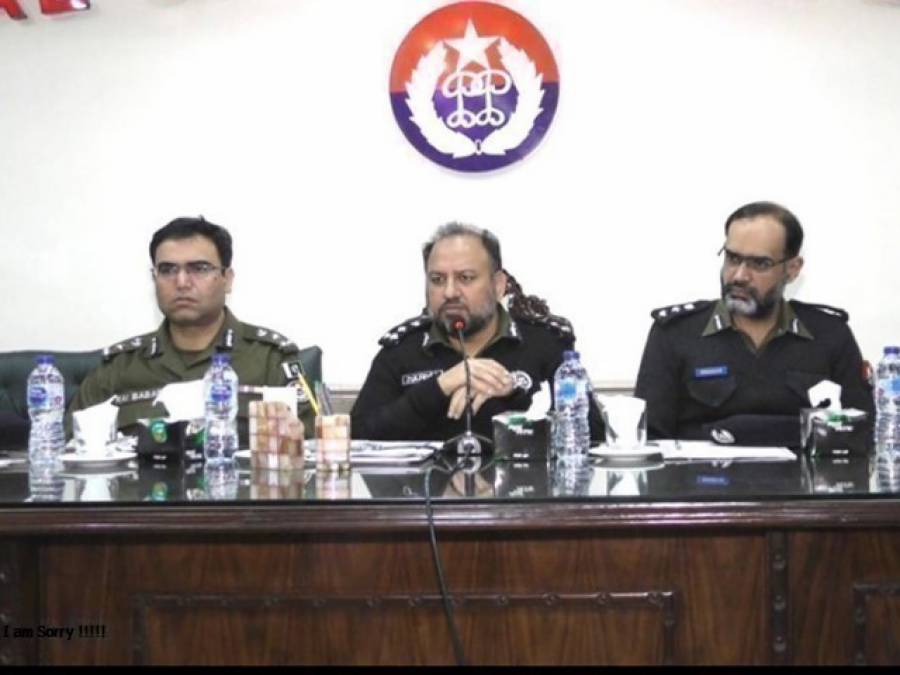 سیکیورٹی کے پیش نظر شہر لاہور میں مختلف مقامات پر سرچ آپریشنز،سینکڑوں افراد کی بائیومیٹرک تصدیق