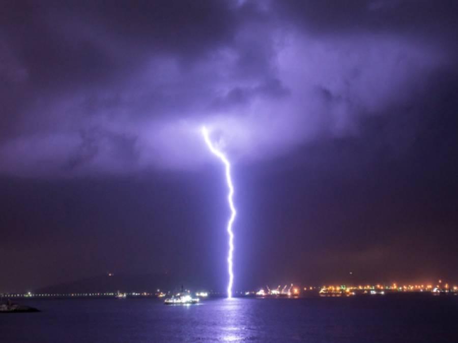 بھارت میں آسمانی قہر جاری،بجلی اور آندھی طوفان نے کتنے ہندوستانیوں کو آج پھر نگل لیا؟تفصیلات آگئیں