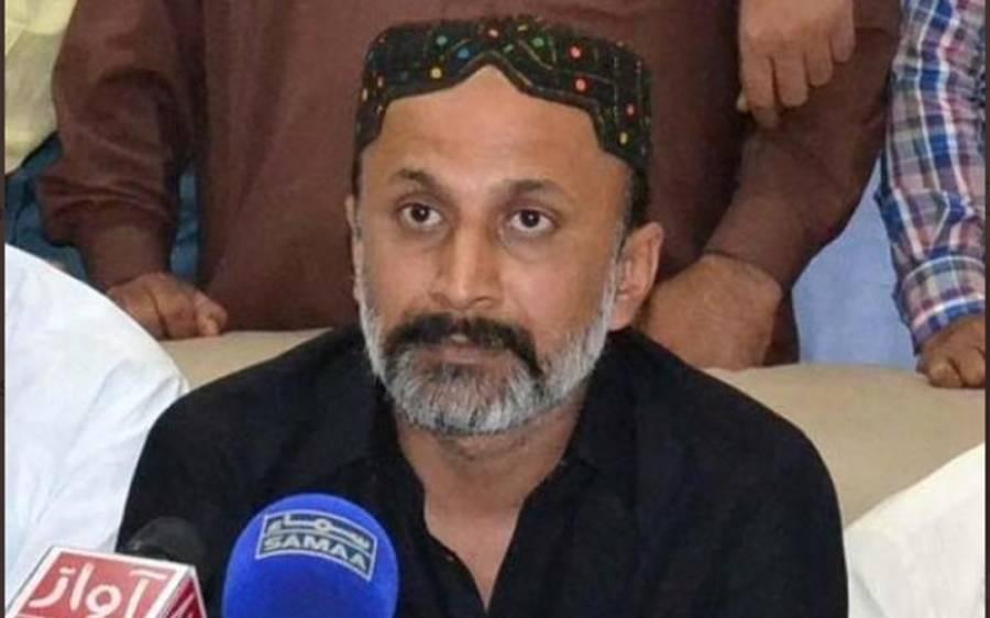 مراد سعید کی چیخیں عمران نیازی کو بچا سکتی ہیں نہ اس نالائق حکومت کو۔۔۔۔عاجز دھامرا نے وفاقی وزیر مواصلات کو کھری کھری سنا دیں