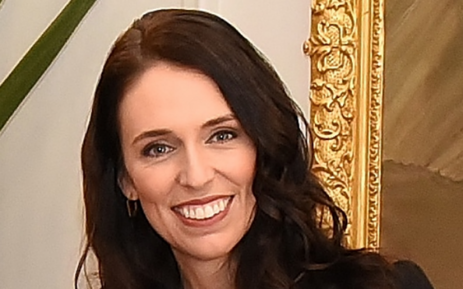 نیوزی لینڈ کی وزیر اعظم جیسنڈا آرڈن کی سالگرہ، کتنے برس کی ہوگئیں؟ یقین کرنا مشکل