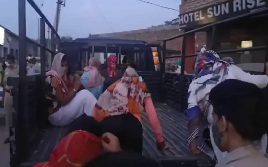 ہوٹل میں جسم فروشی کا اڈہ پکڑا گیا، 10 لڑکیاں گرفتار