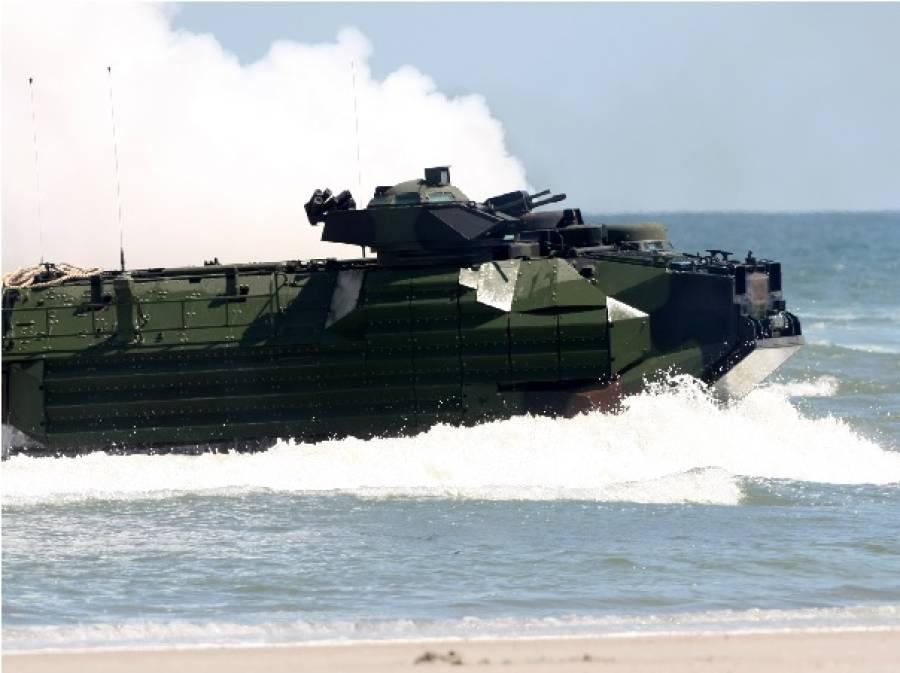 امریکی نیوی کا بحری ٹینک فوجیوں سمیت ڈوب گیا