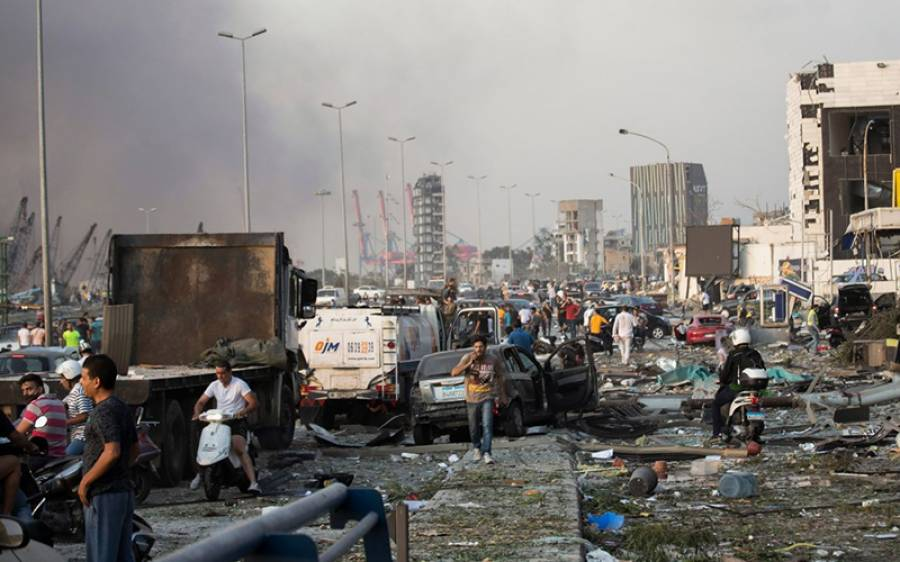 لبنان میں خوفناک دھماکے کے بعد حکومت کا بڑا قدم، درجنوں افسران گرفتار