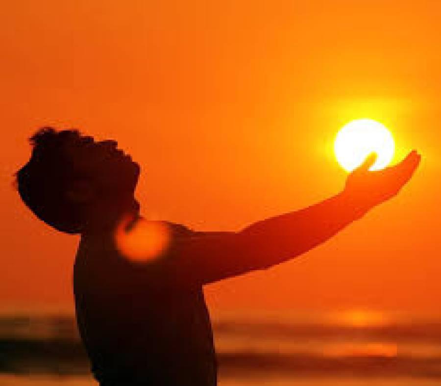 سورج مرے دل میں جل رہا ہے