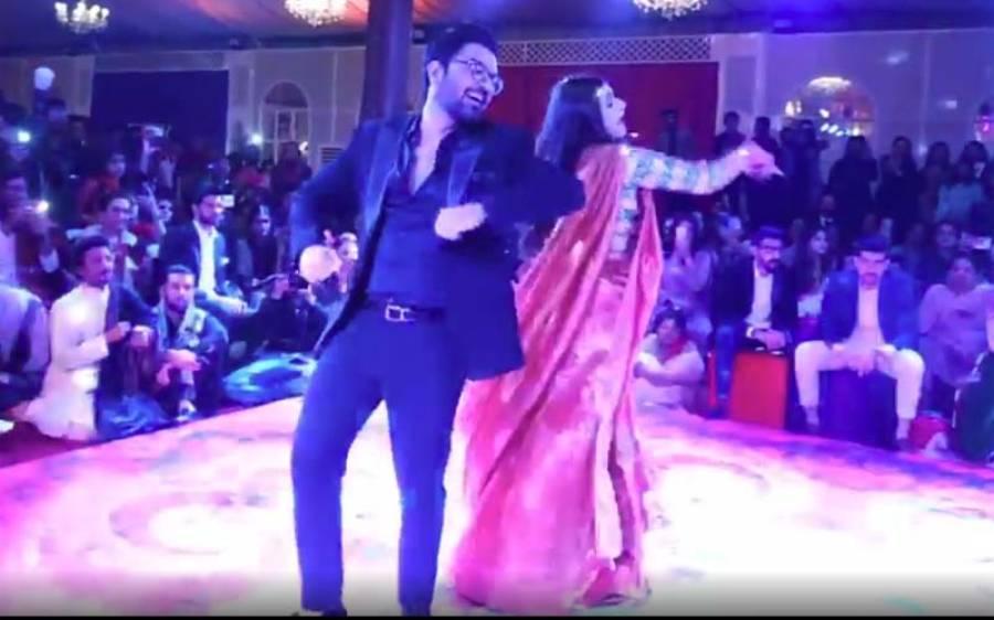 یاسر حسین اور اداکارہ حرامانی کا بھارتی گانے پر ایسا ڈانس کہ دیکھنے والے دیکھتے ہی رہ گئے ، ویڈیو وائرل ہو گئی