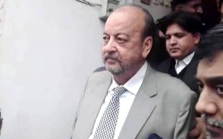 """""""عدالت کے باہر صفائی کاانتظام کرائیں """"احتساب عدالت پیشی پر وکلا نے سپیکر سندھ اسمبلی سے مطالبہ کردیا"""