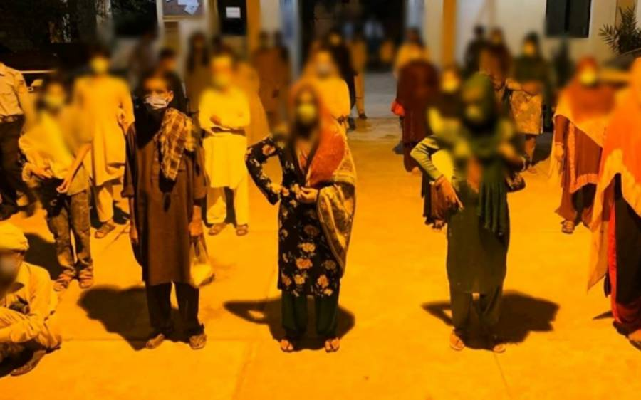 اسلام آبادپولیس کا پیشہ وربھکاریوں کیخلاف کریک ڈاؤن،رواں سال کتنے گداگروں کو گرفتار کیا گیا ؟تفصیلات جانئے