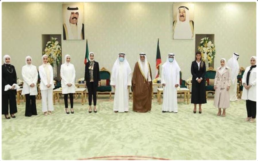 وہ عرب ملک جس نے پہلی بار 8 خواتین کو عدالت عظمیٰ میں جج تعینات کردیا