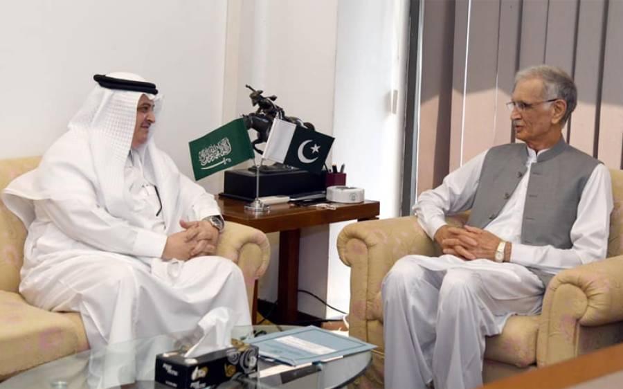 وزیر دفاع پرویز خٹک سے ملاقات میں سعودی سفیر نے پاکستان بارے ایسی بات کہہ دی کہ ملک دشمن قوتیں جل بھن جائیں گی