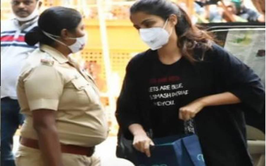 سشانت سنگھ راجپوت کی گرل فرینڈ اداکارہ ریا چکروتی کو گرفتار کرلیا گیا