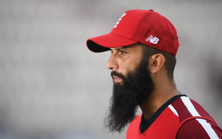 پاکستانی نژاد انگلش کھلاڑی معین علی نے زبردست اعزاز حاصل کر لیا، پہلے ایشیائی نژاد کرکٹربن گئے
