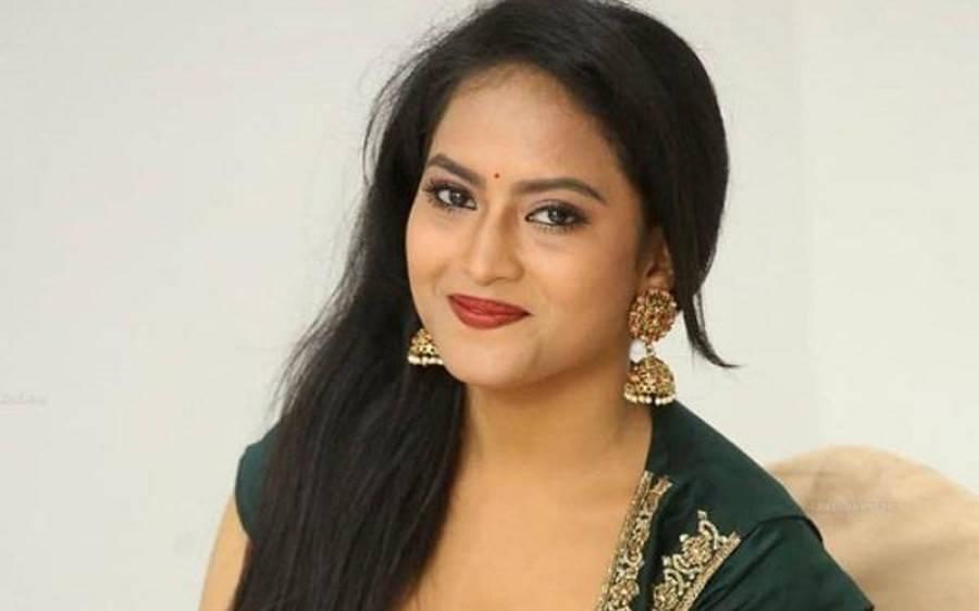 بھارت کی ایک اور معروف اداکارہ نے خود کشی کر لی
