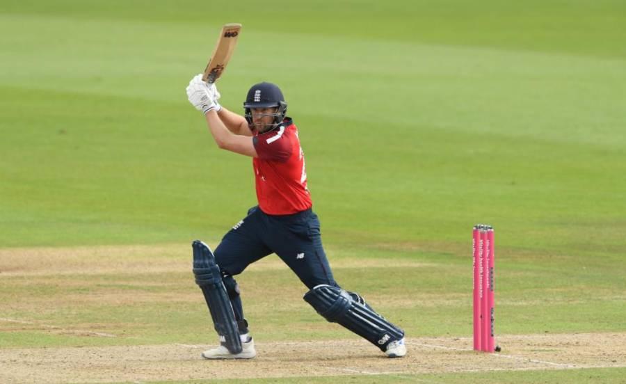 انگلش کھلاڑی نے بابراعظم سے ٹی 20 رینکنگ میں پہلی پوزیشن چھین لی