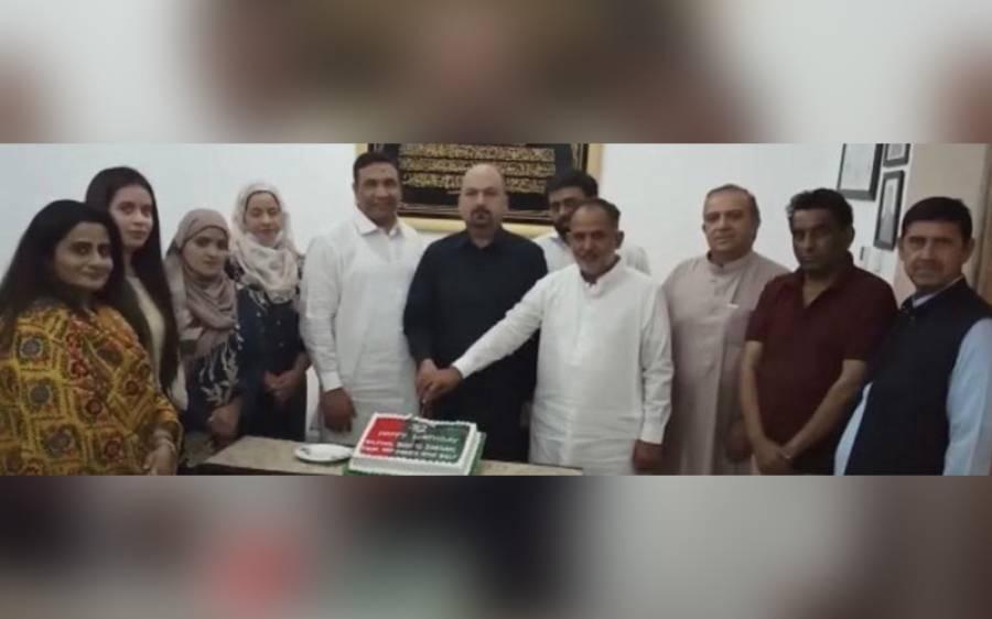 پیپلز پارٹی خواتین ونگ گلف کی سیکرٹری انفارمیشن نجمہ جیلانی کی طرف سے بلاول بھٹو زرداری کی سالگرہ دبئی میں منائی گئی
