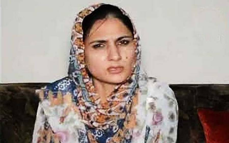 ساہیوال میں تحریک انصاف کے مقامی رہنما نوید اسلم نے خاتون سرکاری افسر کو مبینہ تھپڑ مار دیا