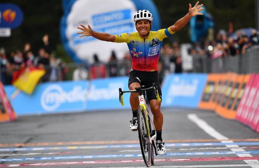 گیروڈی اٹالیہ سائیکل ریس کا تیسرا مرحلہ ایکواڈور کے جوناتھن کیسیڈو نے جیت لیا