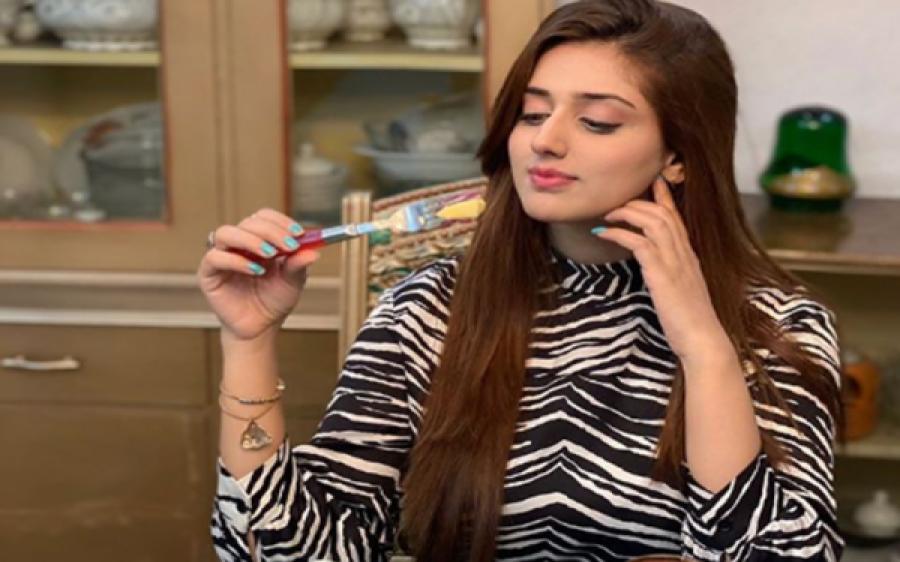 پاکستان کی پہلی لڑکی جس کے ٹک ٹاک پر ایک کروڑ فالورز ہو گئے